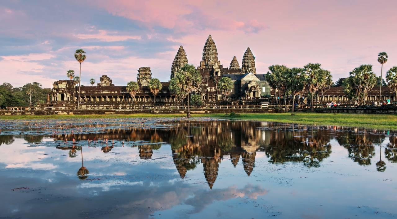 カンボジアツアー特集